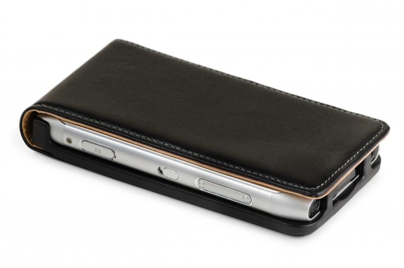 3307636-mobile-phone